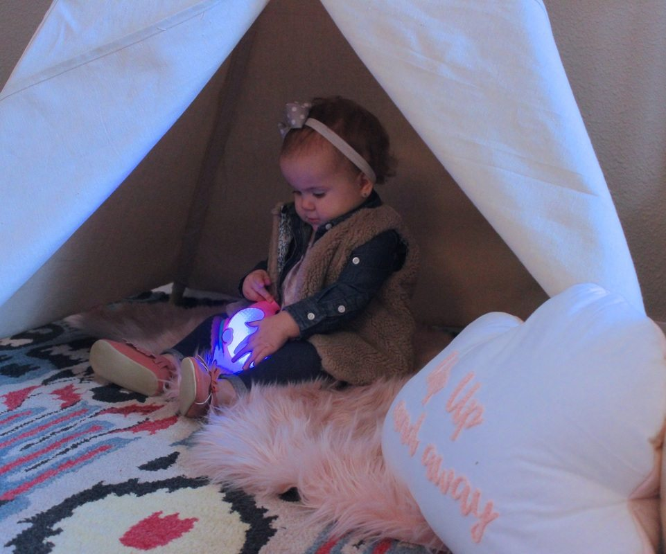 Baby Teepee, Baby Playing in Teepee