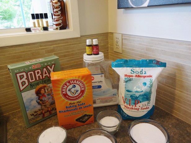 Make Your Own DIY Laundry Detergent In Under 30 Minutes. 74 Loads Will Last Months - Organic, natural and toxin Free!