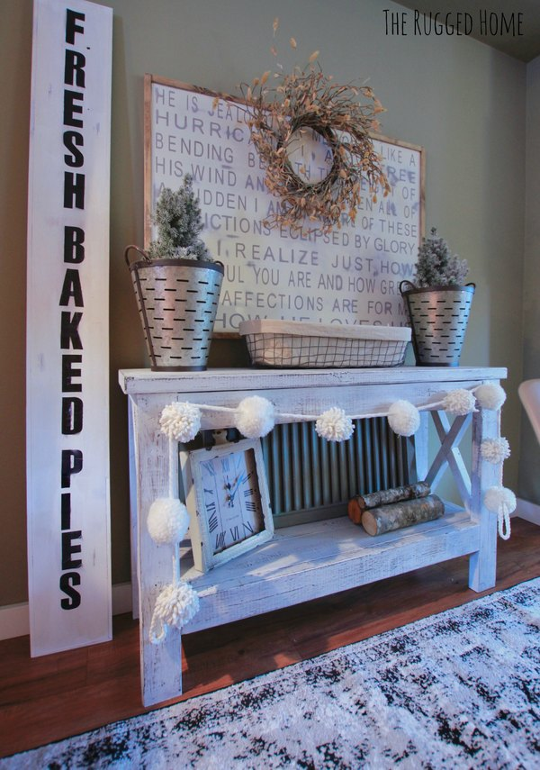 How To Make A Fresh Baked Pies Sign for Under 20 dollars! DIY Farmhouse Sign www.whitepicketfarmhouse.com