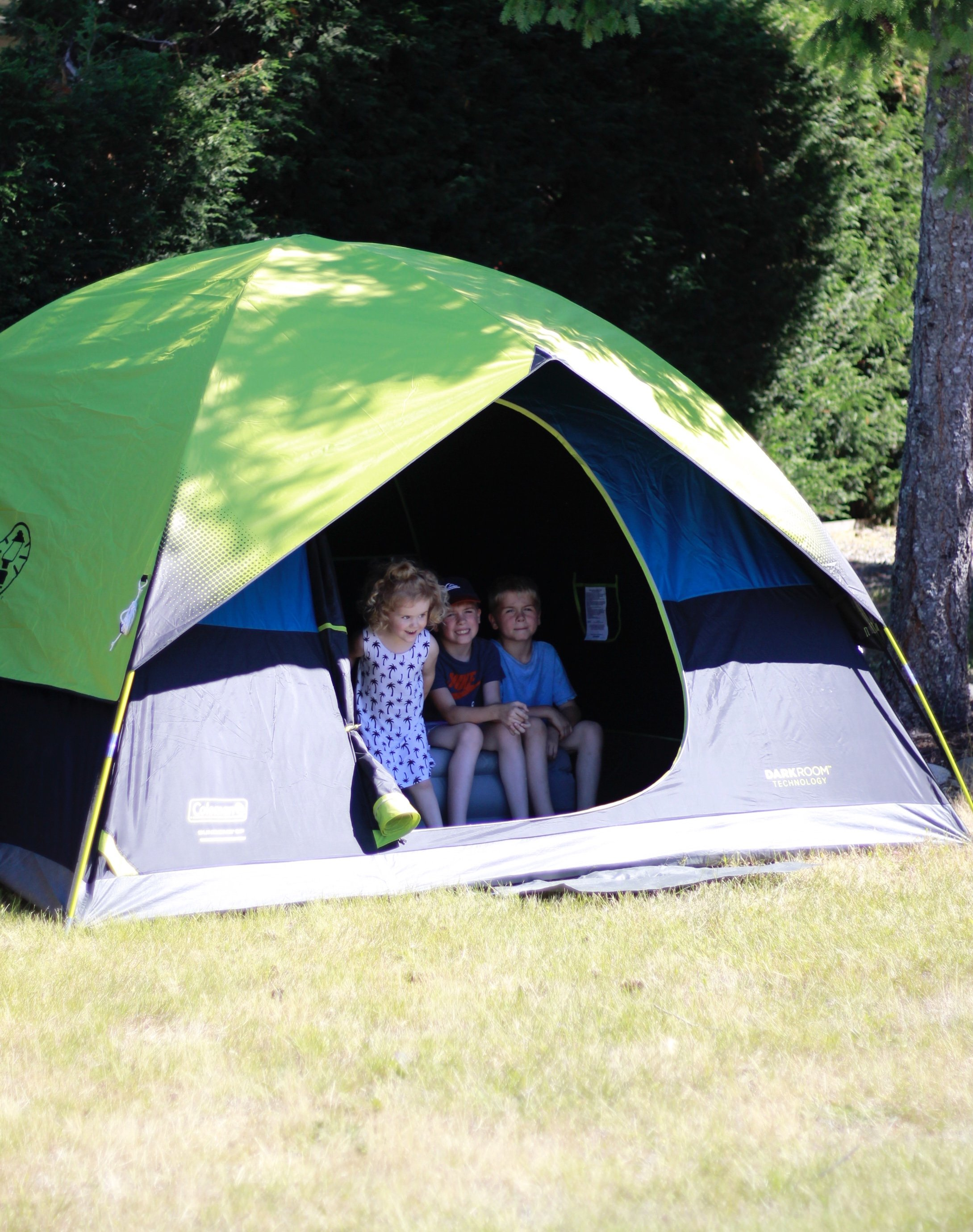 Get Outdoors With Coleman USA. Download the App and instantly get step by step instructions on how to set up and take down your tent #getoutdoors #colemanusa #coleman www.whitepicketfarmhouse.com