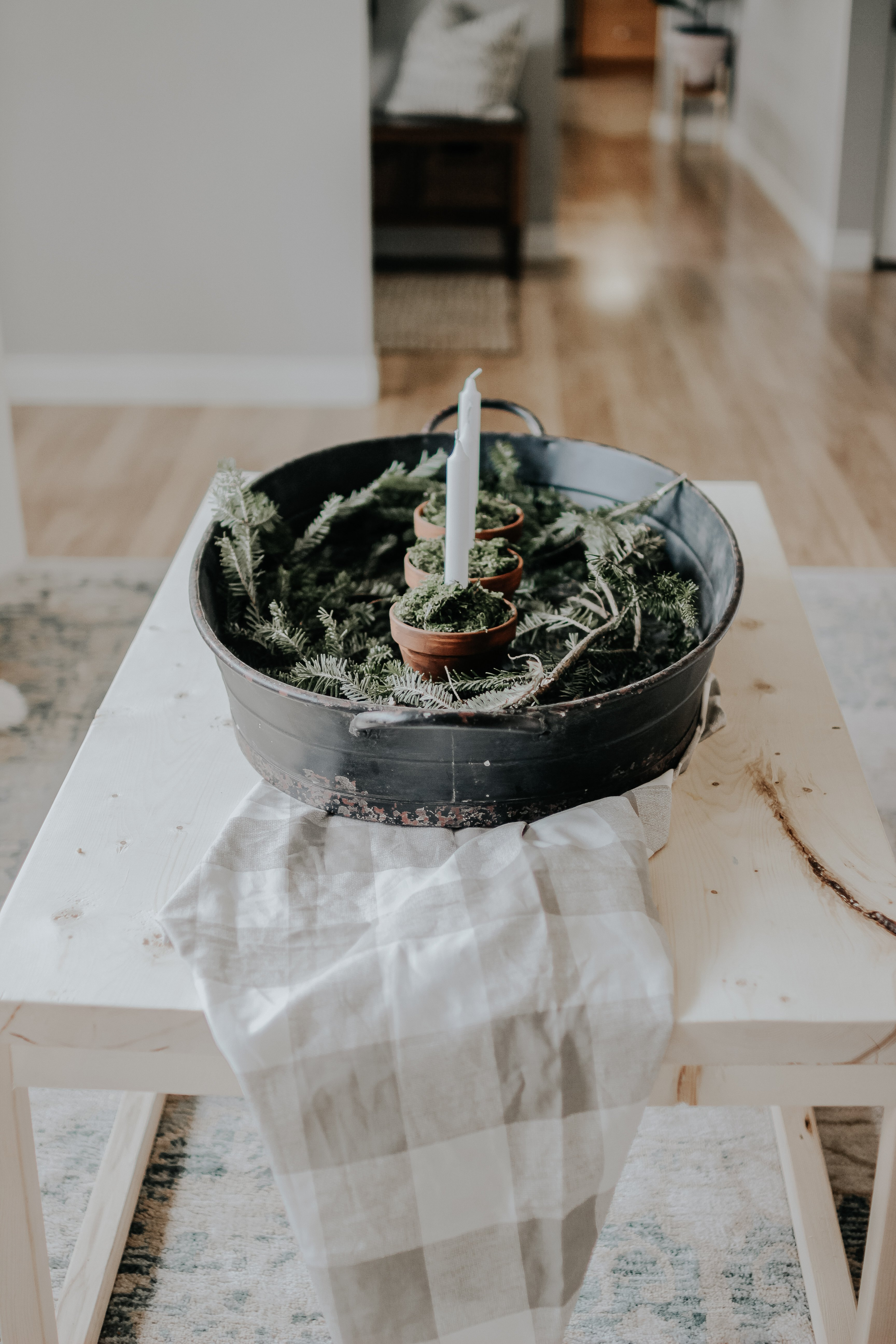 Simple Moss Centerpiece, Under 25 Dollars. Easy Quick and Cheap Fall or Winter Candle Centerpiece With Moss and Boughs