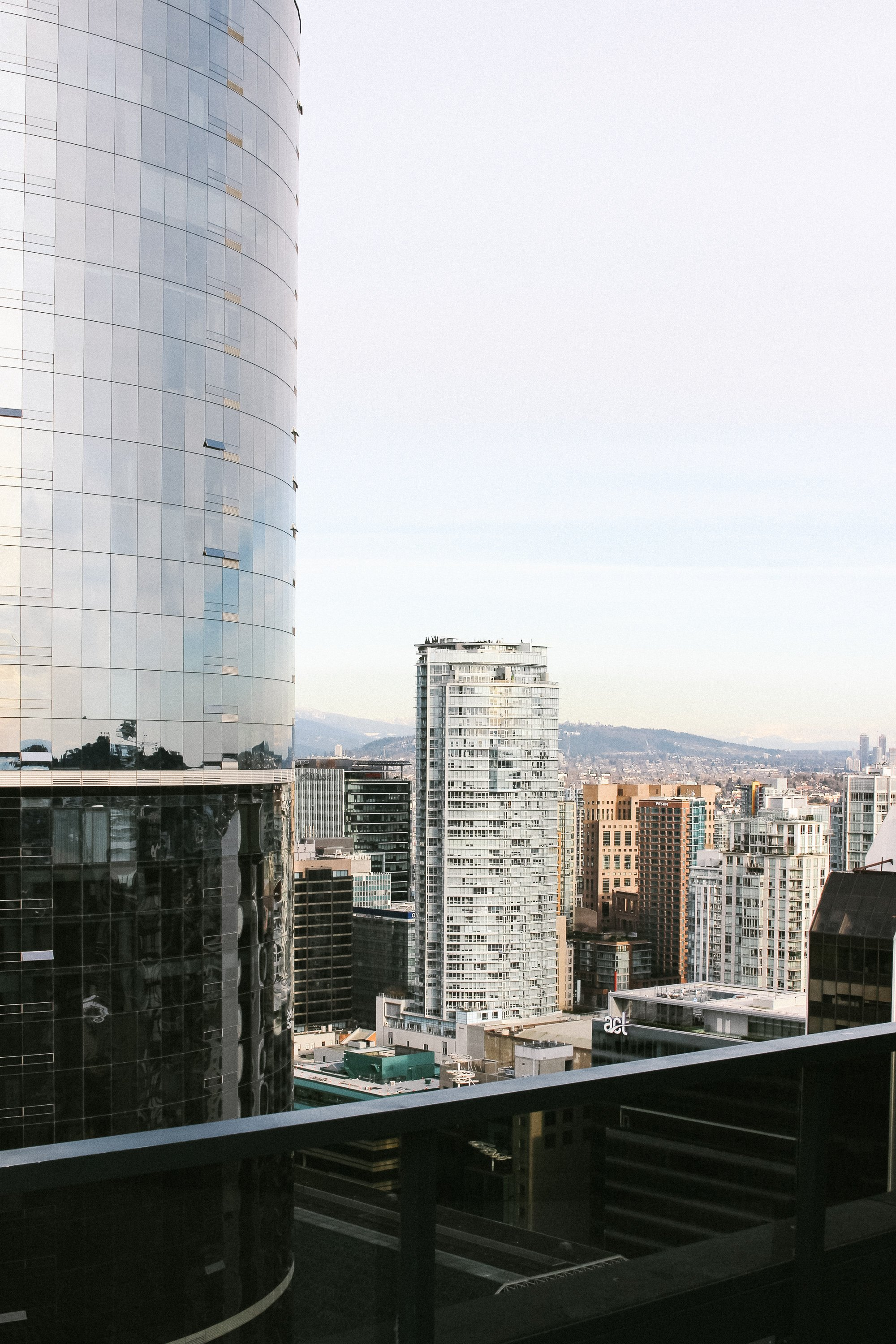 Our Stay At The Vancouver Sheraton Wall Centre