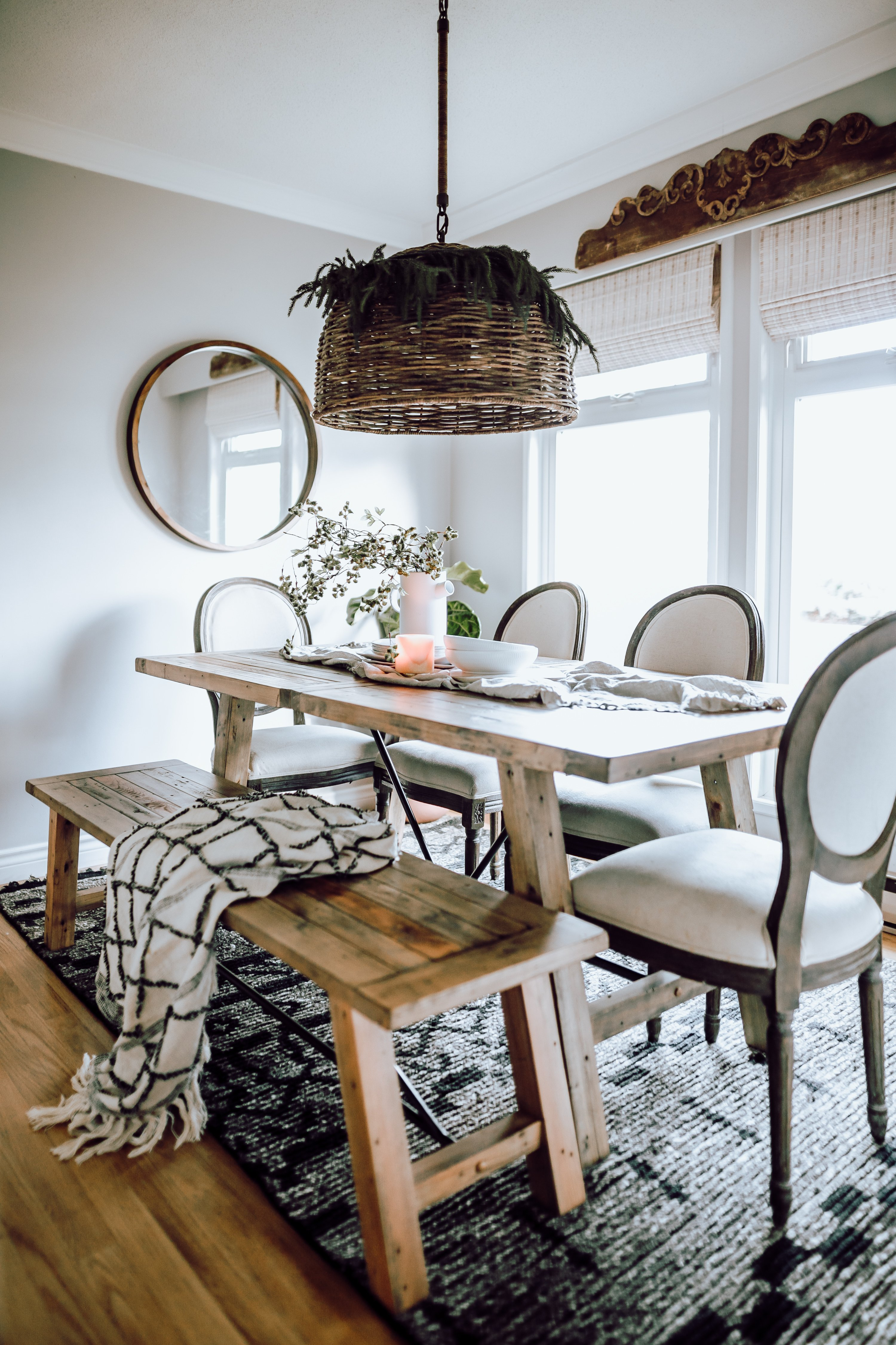 Cozy Dining Room Makeover with Bed Bath and Beyond Canada. Simple changes can change an entire room. Have you ever considered using a black rug to ground your space?
