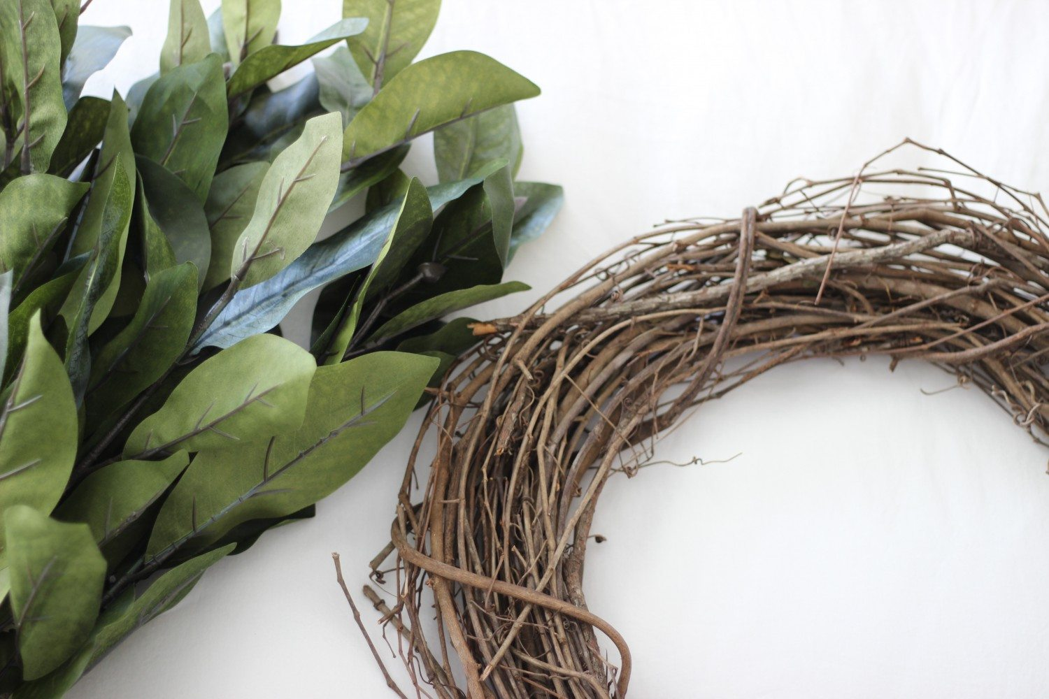 DIY Magnolia Wreath, Make A Magnolia Wreath