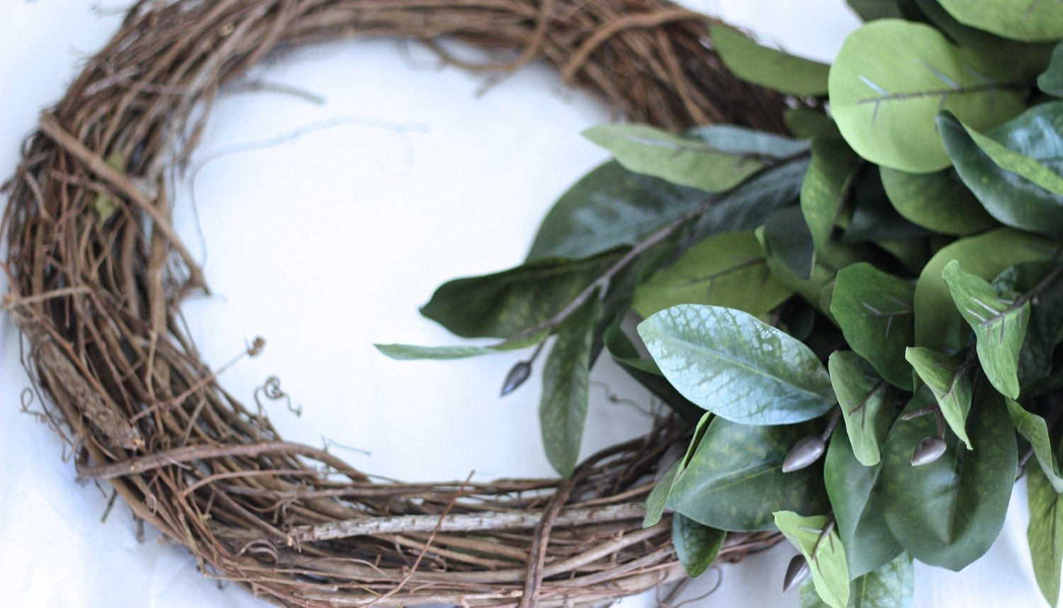 DIY Magnolia Wreath, How To Magnolia Wreath, Fixer Upper