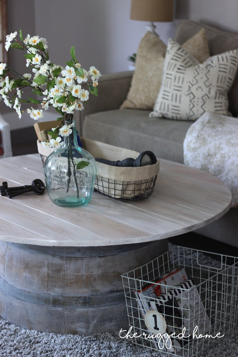 Wine Barrel Coffee Table, Make An Easy Wine Barrel Coffee Table, Farmhouse Coffee Table Made Easy, DIY Wine Barrel, Farmhouse Coffee Table DIY