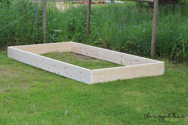 Make Easy Raised Garden Bed, How To Make a Raised Garden Bed, Easy Garden Beds