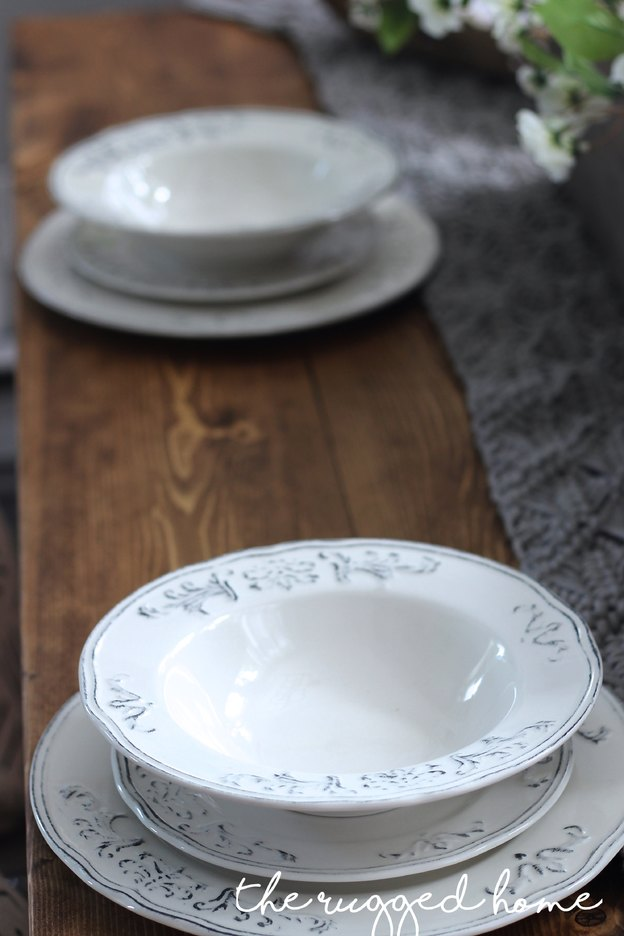 Farmhouse Tablescape, Decorate Your Table For less, table Decor, Table Decorations
