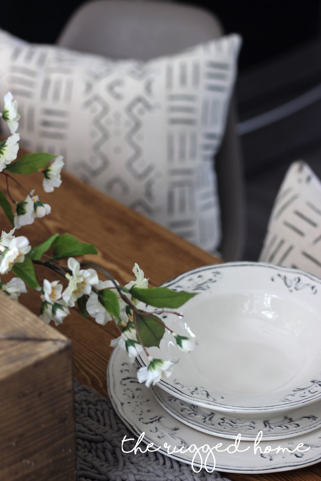 Farmhouse Tablescape, Learn How To Style Your Dining Room For Pennies, Build A Centre box, Style Your Room For Under 500, Table Decor, Table Decorations