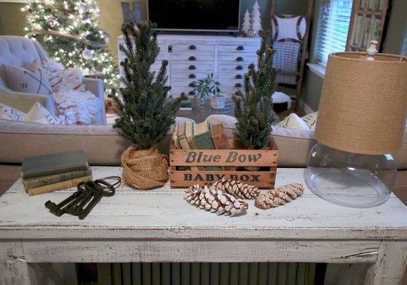 Country Modern Christmas Decor, Easy and Cheap decor for Christmas, Gold, Silver, White Christmas Decor
