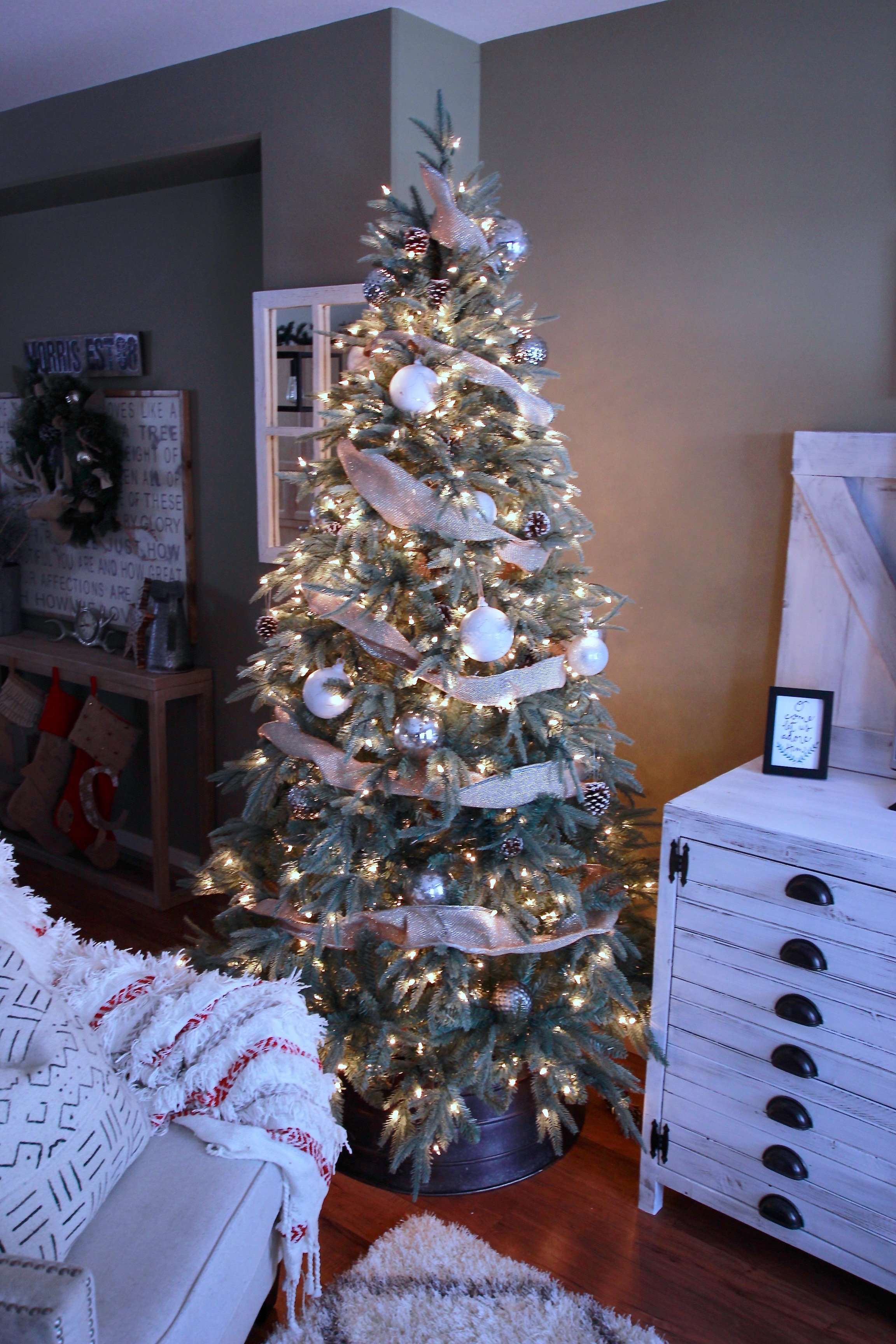 Best Christmas Trees.Top 6 Favourite Christmas Trees White Picket Farmhouse