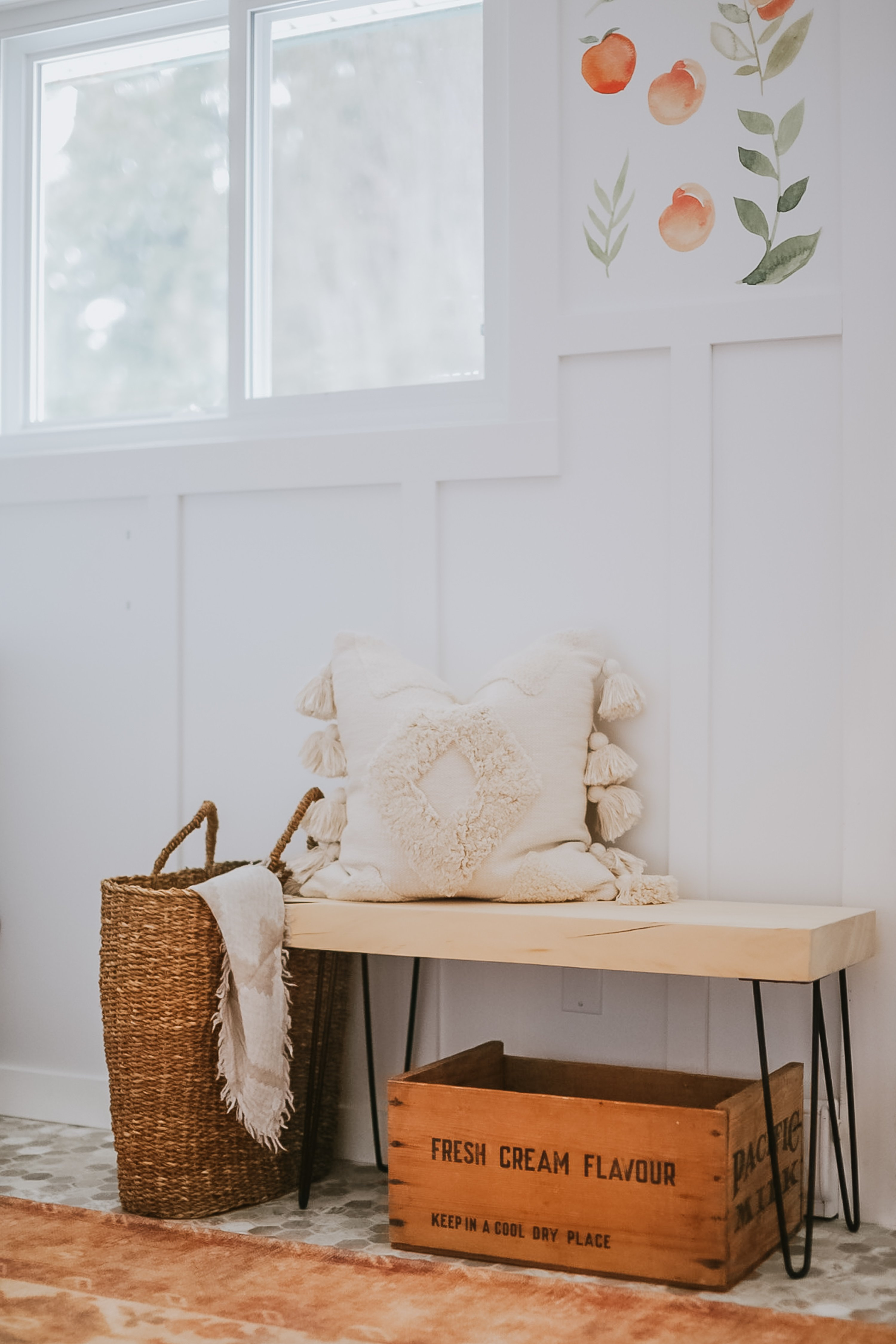 Super Easy Hairpin Bench. Modern Bench that Takes under 30 minutes to make and under 20 dollars.