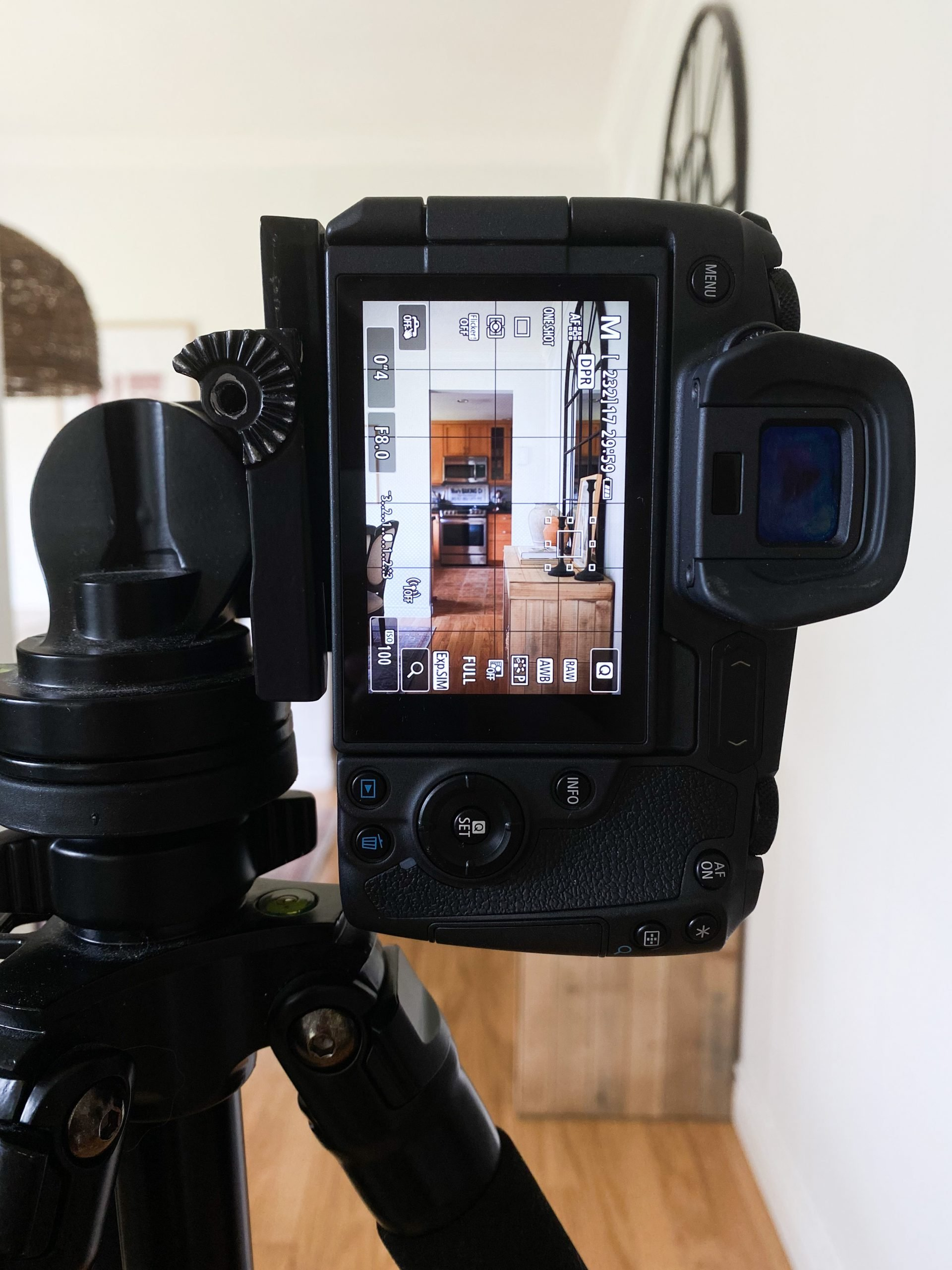 The Basics Of Interior Photography For The Beginner. What I've taught myself in the last 12 years of using a DSLR and 5 years of blogging. Who has money to hire a photographer for every Instagram photo or Blog post? I didn't! Here's What I've learned over the last 5 years that has landed me lots of big brand deals!