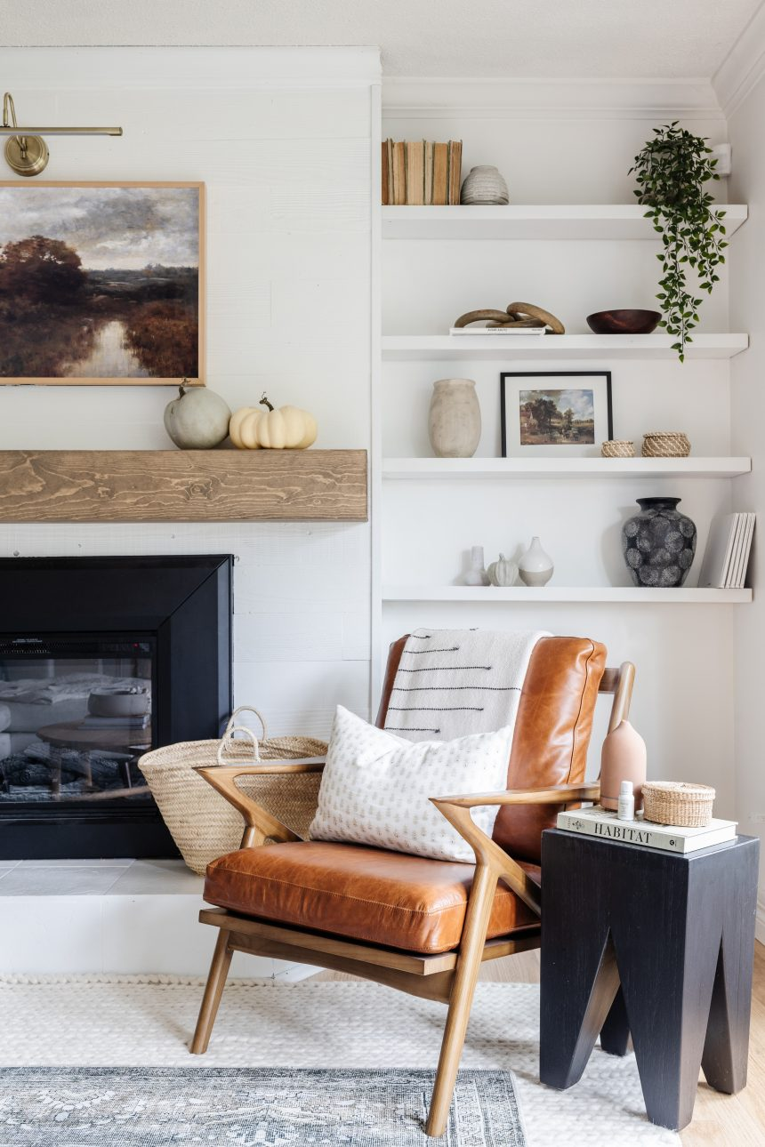 4 Tips To Make A Space Feel Extra Cozy even on a low budget. How we made our dark rancher cozy with the items we already had!