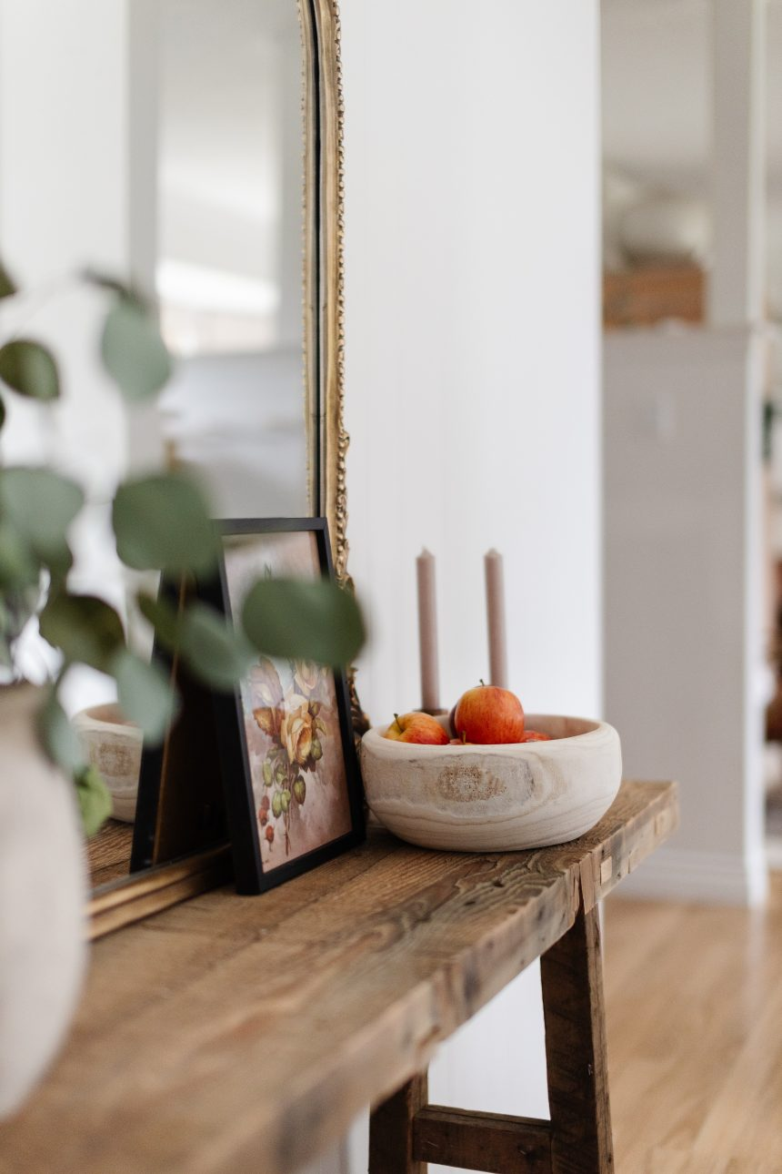 My favourite inexpensive items from Mcgee & Co. I only linked items under 50 dollars that were in stock. You can still get the look while staying on budget. Warm Modern Home Decor