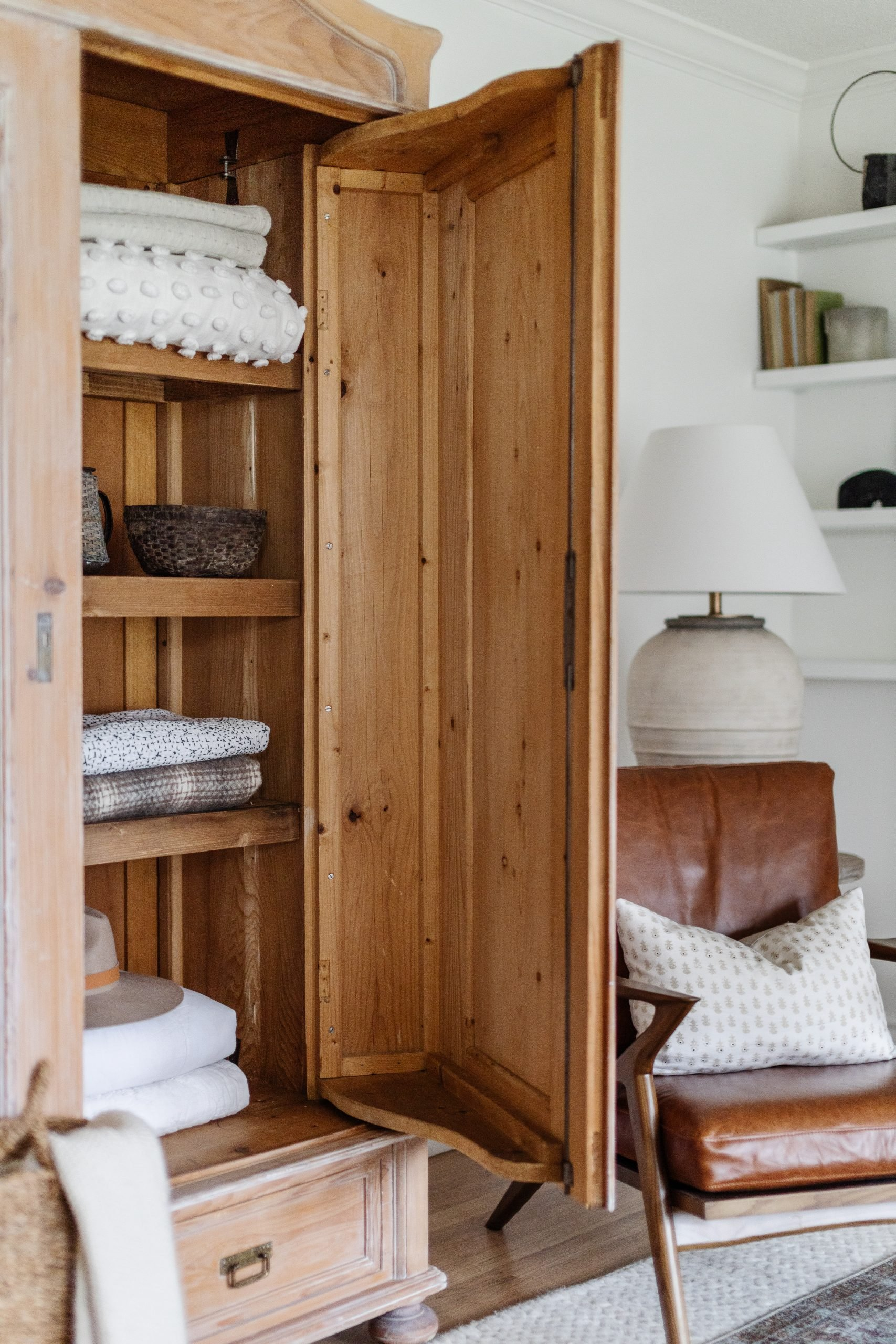 How To Build Easy Shelves In A Wardrobe [or any piece of furniture] Shelf stying in a wardrobe or armoire. 7' whitewashed wardrobe